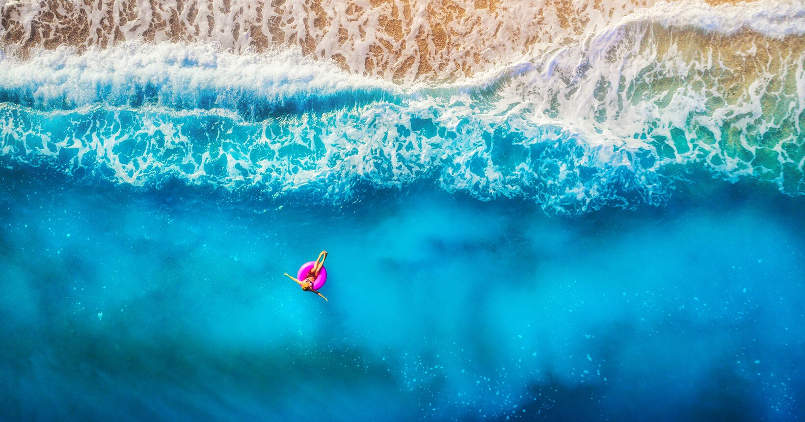 flutuando praia capa2019 01 - Travel Insurance Tips: What you need to know when traveling